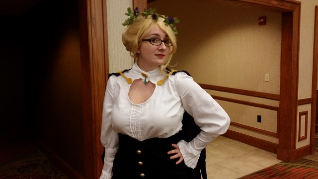 AnimeFest_2014-Day_2-Glynda_Goodwitch-RWBY_Small