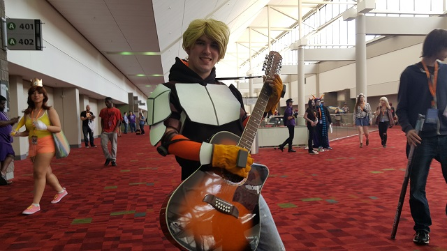 MomoCon_2015_-_Friday_-_Jaune_Arc_-_RWBY_Small