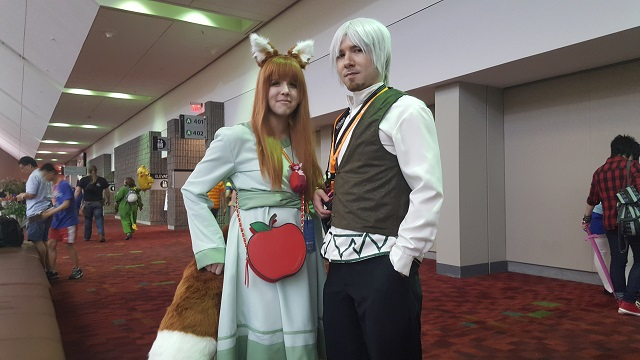 MomoCon_2015_-_Thursday_-_Holo_x_Kraft_Lawrence_-_Spice_and_Wolf_Small