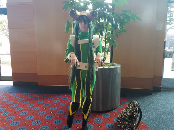 kumoricon_2016_-_saturday_-_tsuyu_asui_-_boku_no_hero_academia_small